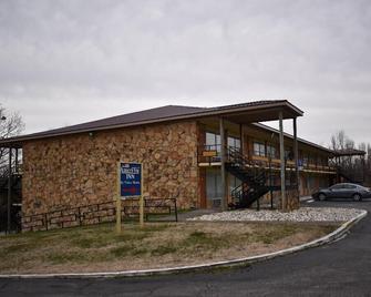 Amerivu Inn & Suites - Gilbertsville - Gilbertsville - Gebouw