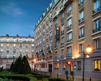ibis Clichy Centre Mairie - Clichy - Edificio