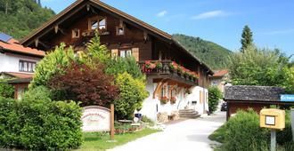 Landhaus Pension Traunbachhausl - Ruhpolding - Κτίριο
