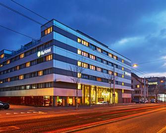 H+ Hotel Zürich - Zúrich - Edificio