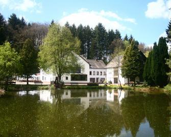 Bescheider Mühle Hotel & Restaurant - Geisfeld - Outdoors view