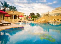Sheraton Tunis Hotel - Túnez - Piscina