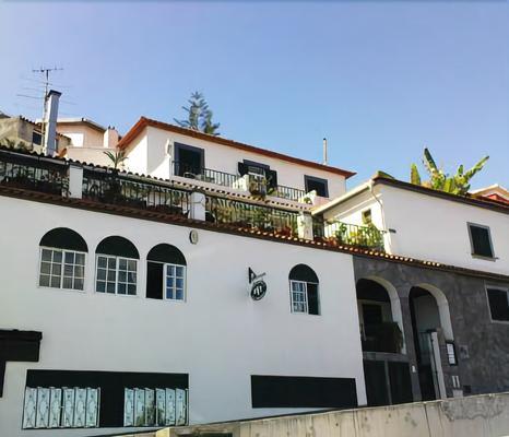 Pensão Residencial Vila Teresinha - Funchal - Toà nhà