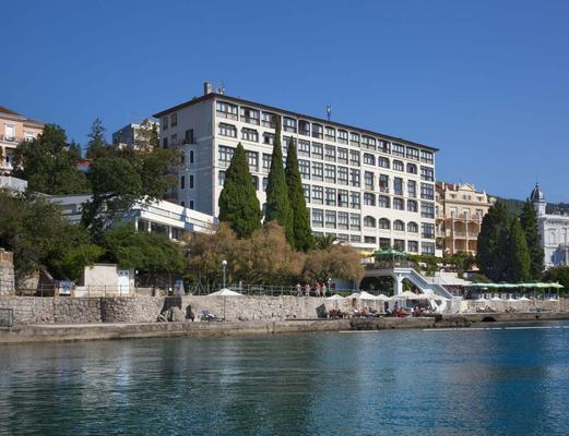 Remisens Hotel Kristal - Opatija - Rakennus