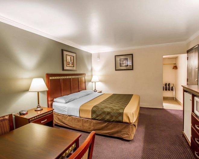 Rodeway Inn - Prescott - Schlafzimmer