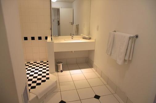 新塔爾巴赫酒店 - 開普敦 - 開普敦 - 浴室