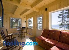 Chalets du Bout du Monde - Gaspé - Sala de estar