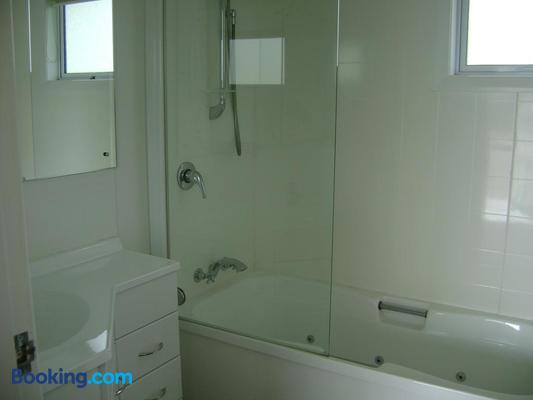 Mataki Motel - Murchison - Bathroom