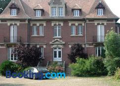 Le Manoir de Crisolles - Noyon - Building