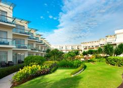 Sheraton Bali Kuta Resort - Kuta - Vista del exterior