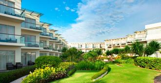 Sheraton Bali Kuta Resort - Kuta - Outdoor view