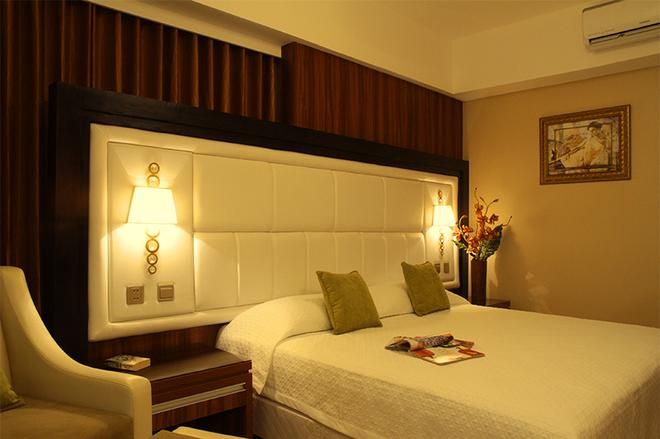 Central Park Tower Resort - Angeles City - Bedroom
