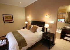 Blackheath Manor Guest House - Randburg - Bedroom