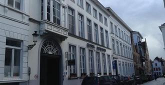 Patritius - Bruges - Building