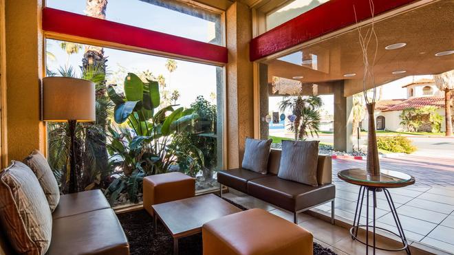 Best Western Inn at Palm Springs - Palm Springs - Lobby