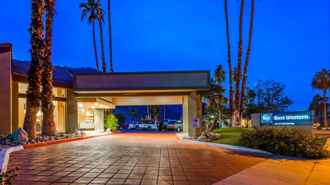 Best Western Inn at Palm Springs - Palm Springs - Toà nhà