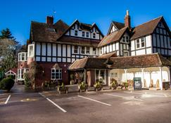 The White Buck - Ringwood - Building