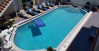 Ashley Brooke Beach Resort - Deerfield Beach - Pool
