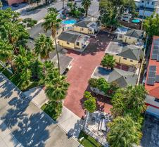The Cottages at Madeira Beach/sea Turtle
