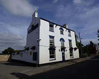 The Ship Albion - Spalding - Building