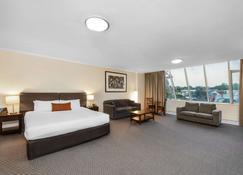 Comfort Hotel Adelaide Meridien - Adelaide - Bedroom