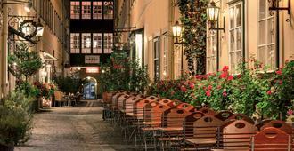 Mercure Grand Hotel Biedermeier Wien - Vienna - Patio