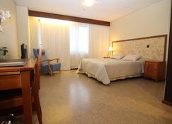 Pii Hotel - Salo - Camera da letto