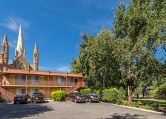 Best Western Cathedral Motor Inn - Μπέντιγκο - Κτίριο