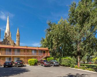Best Western Cathedral Motor Inn - Bendigo - Building