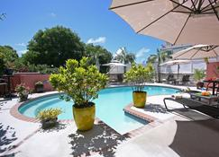 Royal Palms Hotel - Hamilton - Piscina