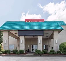 Econo Lodge Inn and Suites Joplin