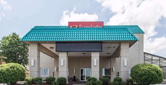 Econo Lodge Inn and Suites Joplin - Joplin