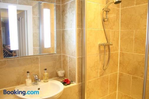 Ayrs & Graces - Ayr - Phòng tắm