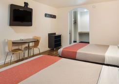 Motel 6 Fort Worth Seminary - Fort Worth - Bedroom
