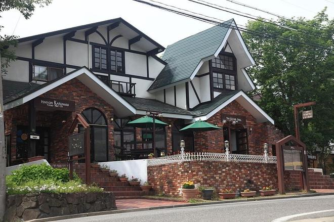 Hakuba Pension Karunaju - Hakuba - Building