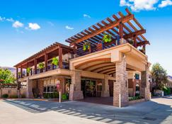 Best Western Plus Canyonlands Inn - Moab - Building