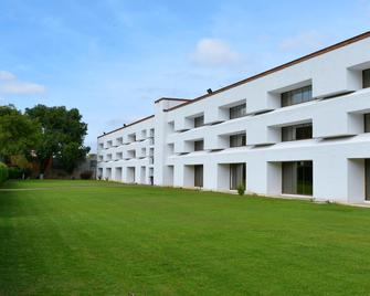 Holiday Inn Morelia - Морелія - Building