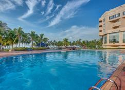 Crowne Plaza Resort Salalah - Salalah - Zwembad