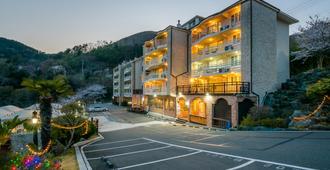 Homefourest Resort - Geoje - Building