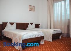 Celly Hotel - Piteşti - Bedroom