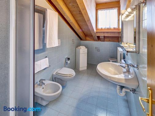 皮克爾波科爾酒店 - 柯提納安培佐 - 科爾蒂納丹佩佐 - 浴室