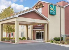 Quality Inn & Suites - Meriden - Building