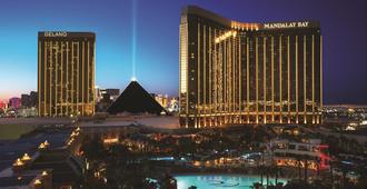 Mandalay Bay Resort and Casino - Las Vegas - Rakennus