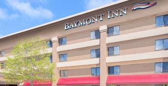 Baymont by Wyndham Flint - Flint