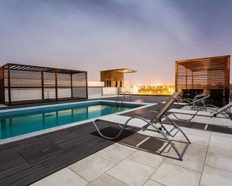 Hotel Pérola - Praia - Pool