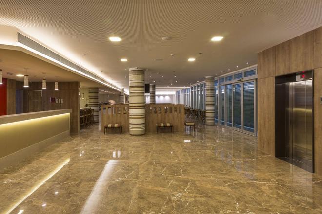 維托利亞舒眠飯店 - 維多利亞(巴西) - 大廳