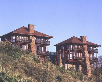 Great Rift Valley Lodge and Golf Resort - Naivasha - Building