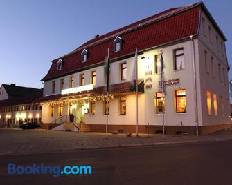 Hotel Weisse Taube - Aschersleben - Gebäude
