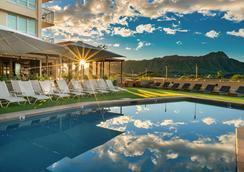 卡皮歐拉尼皇后酒店 - 檀香山 - 檀香山 - 游泳池