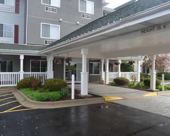 Country Inn & Suites by Radisson, Gurnee, IL - Гарни - Здание